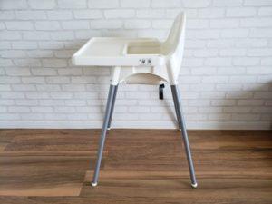 IKEAベビーチェアの側面写真